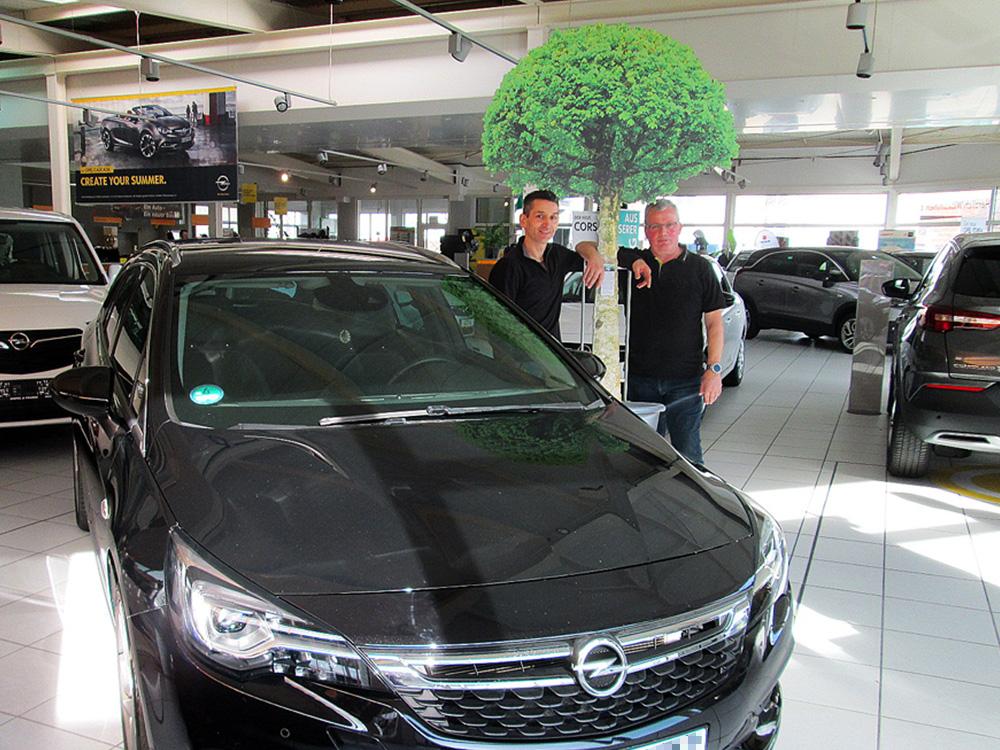 Ein Auto - ein neuer Baum #machenstattmeckern 0006