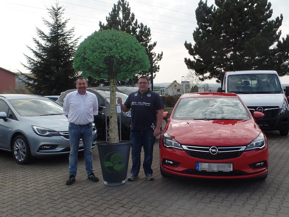 Ein Auto - ein neuer Baum #machenstattmeckern 0150