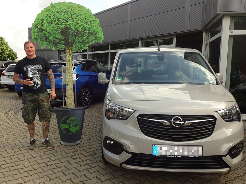 Ein Auto - ein neuer Baum #machenstattmeckern 0356