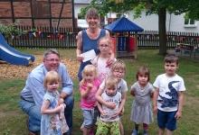 Liebgewonne Tradition und fester Termin im Kalender, ist der jährliche Besuch unseres Geschäftsführers Mario Ebert zum Kindertag in den Kindergärten unserer Partnergemeinde Lichtentanne.