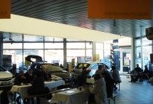 Gemütliches Schlemmen beim Angrillen im Autohaus Zimpel & Franke in Zwickau